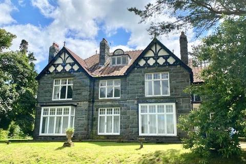 9 bedroom detached house for sale - Substantial Period Residence, Llanbedr, LL45 2NB