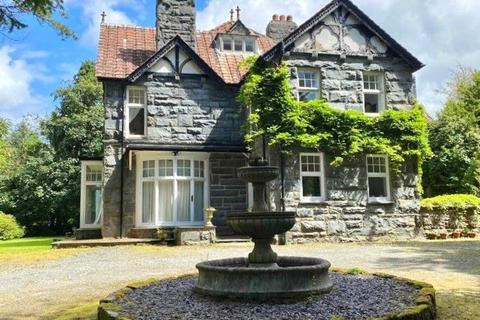9 bedroom detached house for sale - Substantial Period Residence, Llanbedr, LL45 2NB