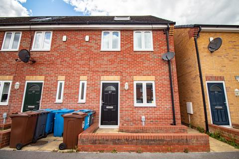 3 bedroom semi-detached house to rent - Waterloo Street, Hull HU2