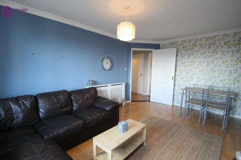 2 bedroom flat to rent - Hawkhill, Lochend, Edinburgh, EH7 6LA