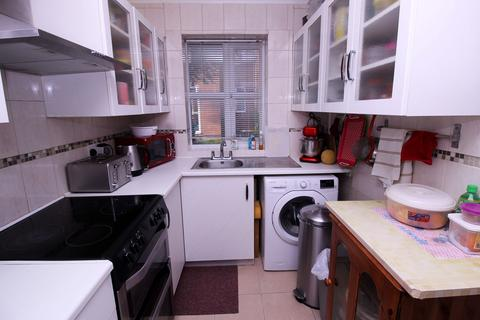 1 bedroom flat for sale - Homefield Close, Greater London, ub4