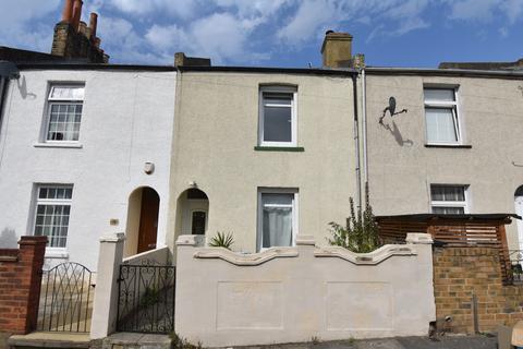 2 bedroom terraced house for sale - Durham Rise London SE18