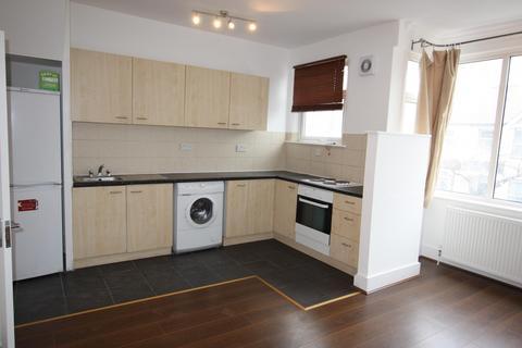2 bedroom flat to rent - Montagu Road, Hendon NW4