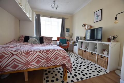 Studio to rent - Green Lane, Eltham, SE9