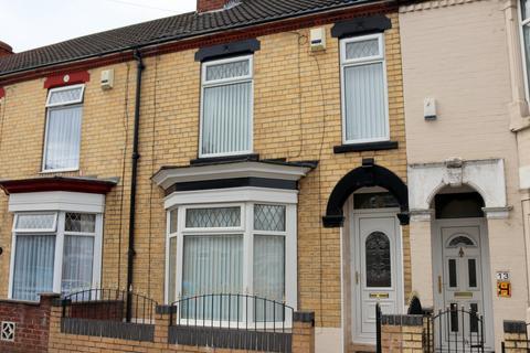 3 bedroom terraced house to rent - Summergangs Road, Hull, Yorkshire, HU8