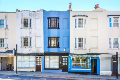 3 bedroom terraced house for sale - Edward Street, Brighton, East Sussex, BN2