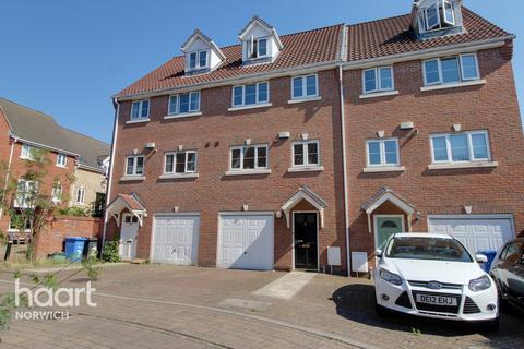 3 bedroom townhouse for sale - Finishers Road, Norwich