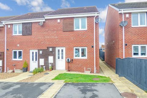 2 bedroom terraced house for sale - White Swan Close, Killingworth, Newcastle upon Tyne, Tyne and Wear, NE12 6UH