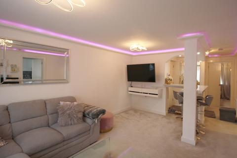 2 bedroom apartment to rent - Manchester Road, Isle of Dogs, London E14