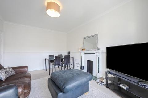 2 bedroom flat to rent - Glazbury road, W14