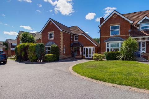 4 bedroom detached house for sale - Coed Fan, Sketty, Swansea, SA2 8NS