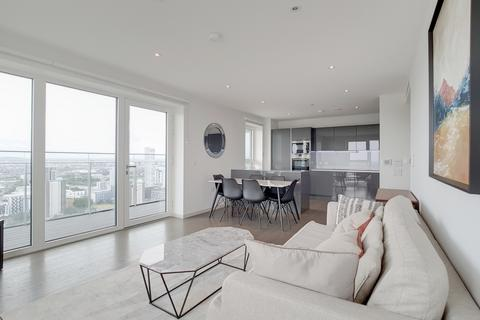 3 bedroom flat to rent - Glasshouse Gardens Stratford E20