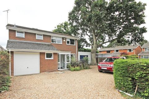 4 bedroom detached house for sale - Colbourne Close, Bransgore, Christchurch, Dorset, BH23