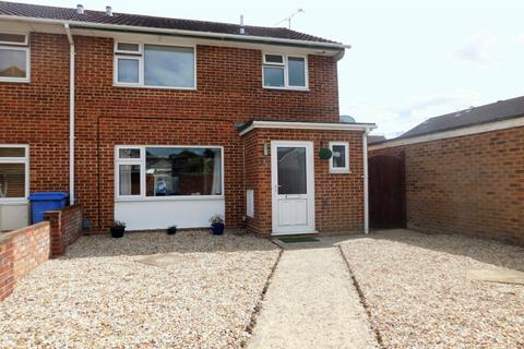 3 bedroom end of terrace house for sale - Hewitt Road, Hamworthy, Poole, Dorset, BH15