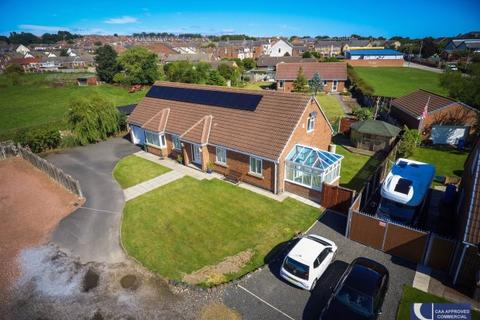 6 bedroom detached bungalow for sale - CALSTOCK CLOSE, MURTON, SEAHAM DISTRICT