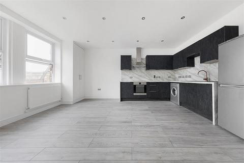 1 bedroom flat for sale - Streatham High Road, SW16