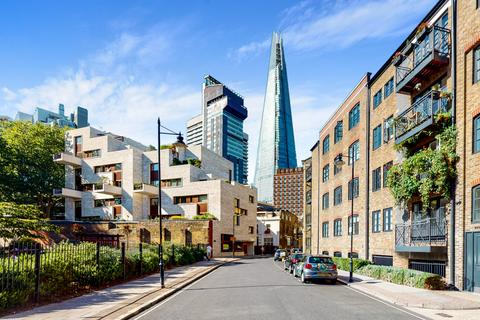 2 bedroom apartment to rent - Bridgewalk Heights, 80 Weston Street, Southwark, London, SE1