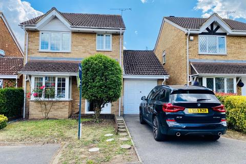3 bedroom barn conversion to rent - Cousins Close, Yiewsley, West Drayton
