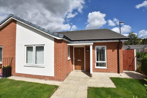 2 bedroom semi-detached bungalow for sale - Bardolph Drive, Southwick