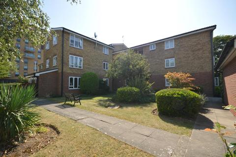 2 bedroom retirement property for sale - Merritt House, Frazer Close, Romford, Essex, RM1