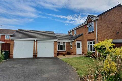 4 bedroom detached house to rent - Bardley Drive