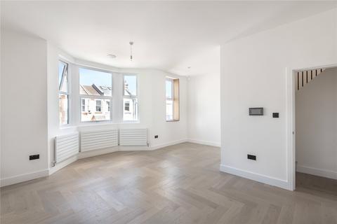 2 bedroom flat for sale - Hewitt Road, London, N8