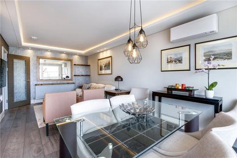 2 bedroom flat - Sheringham, St. Johns Wood Park, London, NW8