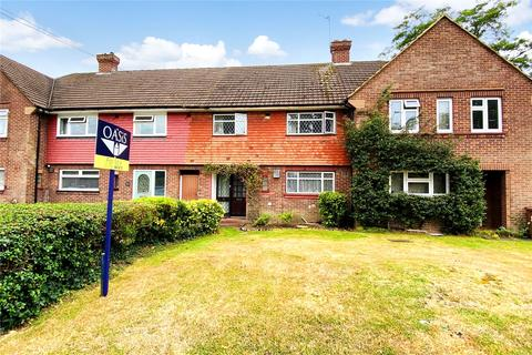 3 bedroom terraced house for sale - Gloucester Crescent, Staines-upon-Thames, Surrey, TW18