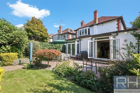 4 bedroom detached house to rent - Bramley Road, Southgate, London, N14