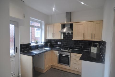 2 bedroom house to rent - Day Street, Barnsley