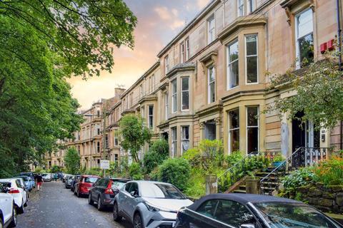 2 bedroom flat for sale - Doune Gardens, Flat 2, Kelvinbridge, Glasgow, G20 6DJ