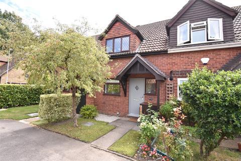 2 bedroom terraced house for sale - Fakenham Way, Owlsmoor, Sandhurst, Berkshire, GU47