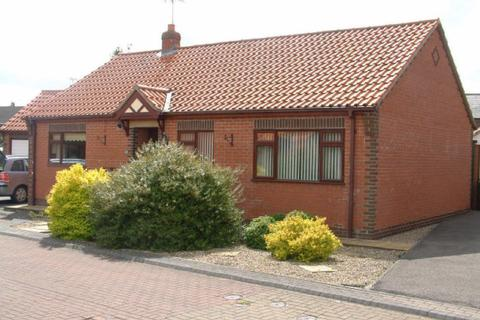 2 bedroom detached bungalow to rent - Angus Drive, Driffield