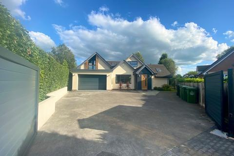 5 bedroom detached house to rent - Winmarith Drive, Hale Barns