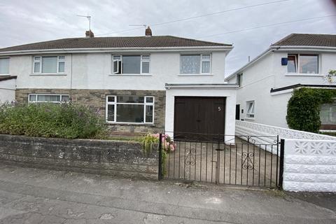 3 bedroom semi-detached house - Brookside Robins Lane , Cadoxton