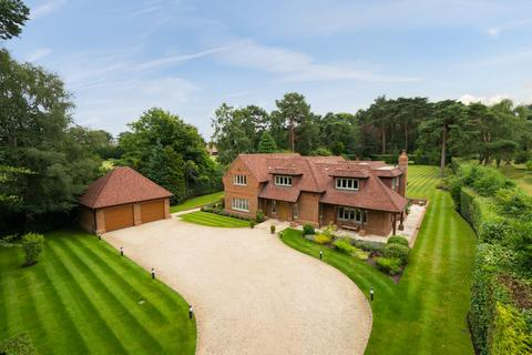 5 bedroom detached house for sale - Sandy Lane, Chavey Down, Ascot, Berkshire