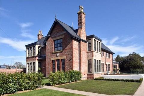 6 bedroom detached house to rent - Hough Lane, Alderley Edge, Cheshire