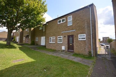 3 bedroom end of terrace house for sale - Southampton Gardens, Luton
