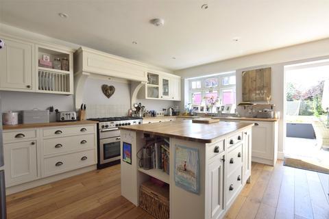 4 bedroom semi-detached house for sale - Sandy Lane, Charlton Kings, Cheltenham, Gloucestershire, GL53