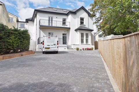 2 bedroom apartment for sale - Belle Vue Road, Paignton - AF24
