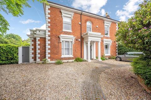 2 bedroom apartment to rent - Portland Road, Edgbaston, Birmingham, B16 9HN