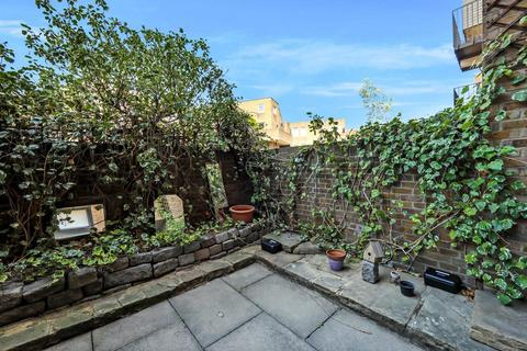 3 bedroom flat for sale - St. Katharines Way, London E1W