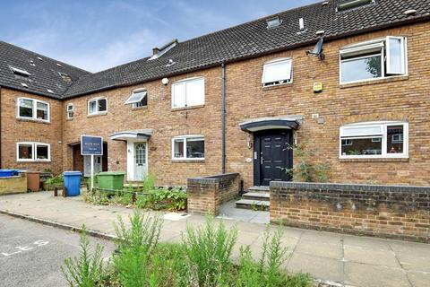 3 bedroom terraced house to rent - Redwood Close, Rotherhithe SE16