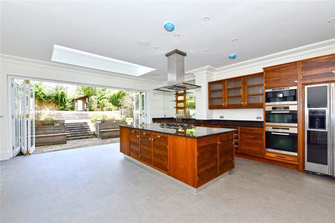 5 bedroom semi-detached house to rent - Claremont Road, Windsor, Berkshire, SL4