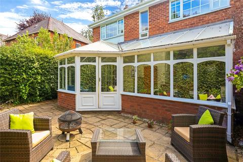 4 bedroom semi-detached house - St. Georges Crescent, Chester, CH4
