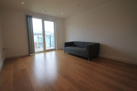 1 bedroom apartment to rent - Lexington Apartments, Slough, SL2