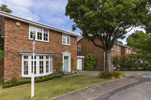 3 bedroom detached house for sale - Dorian Drive, Ascot