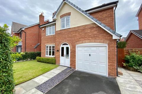 4 bedroom detached house for sale - Welman Way, Altrincham