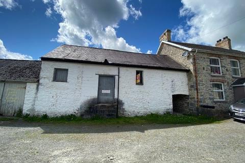 Terraced house for sale - Cwrtnewydd, Llanybydder, SA40