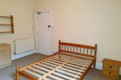1 bedroom house share to rent - Walpole Road, Boscombe, Bournemouth, BH1